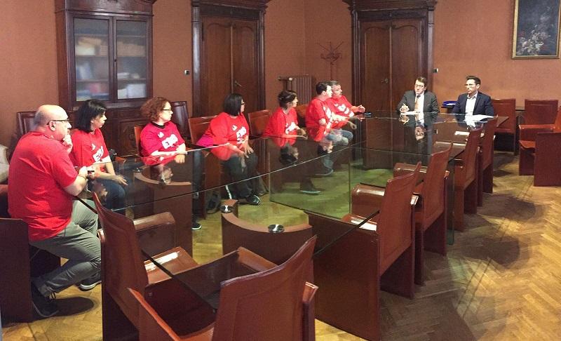 lavoratrici Edis e Slc Cgil ricevuti da sindaco Muzzarelli e assessore Bosi, 31.3.17