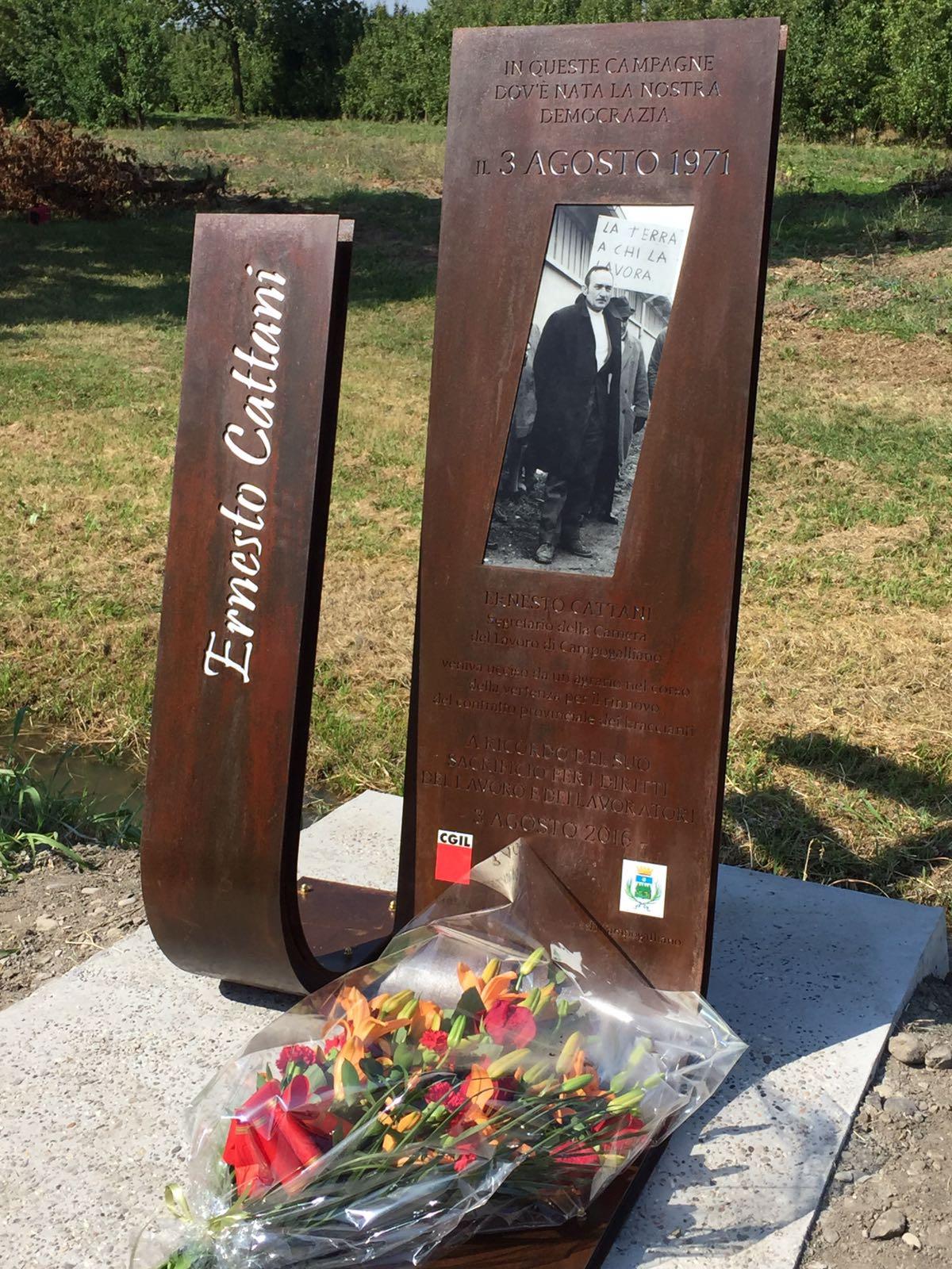 Stele ricordo Ernesto Cattani (inaugurazione 3/8/2016)