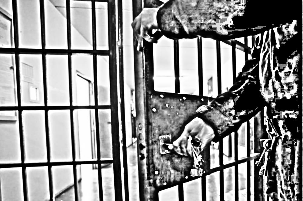 apertura corridoio carcere