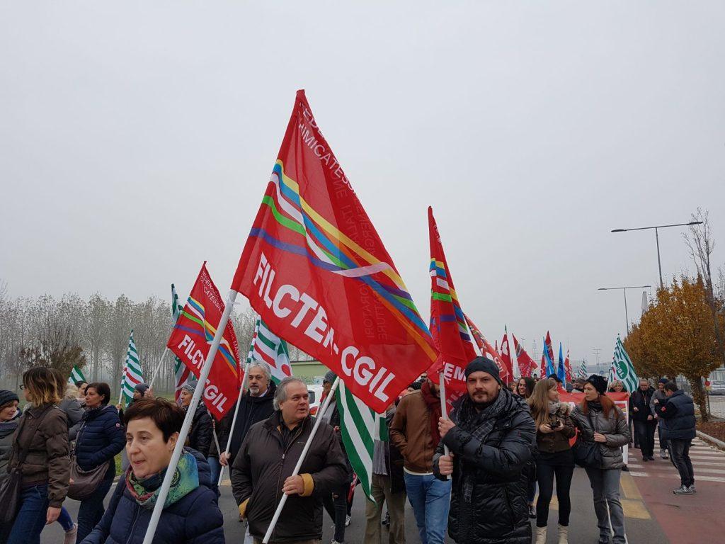 sciopero gomma plastica - 24 novembre 2017