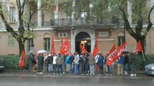 Presidio Prefettura lavoratori in appalto Castelfrigo - 6/11/2017