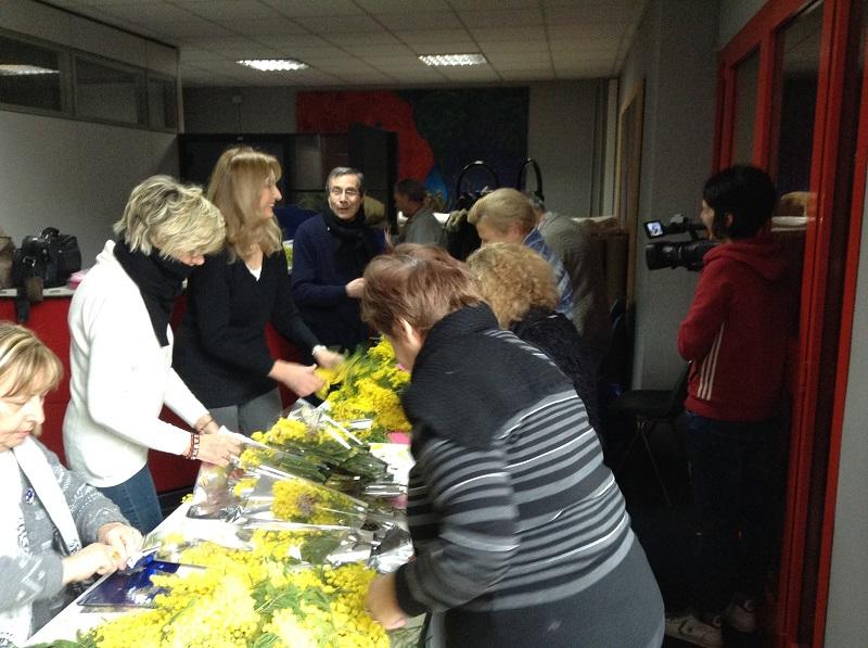 8 marzo 2018 mazzi mimose Cgil Cisl Uil