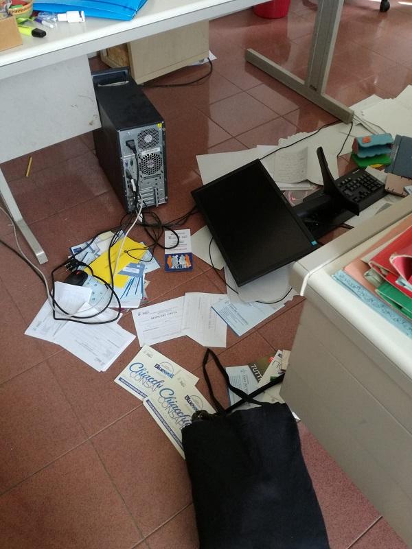 ufficio dopo aggressione assistenti sociali carpi, 2.8.18