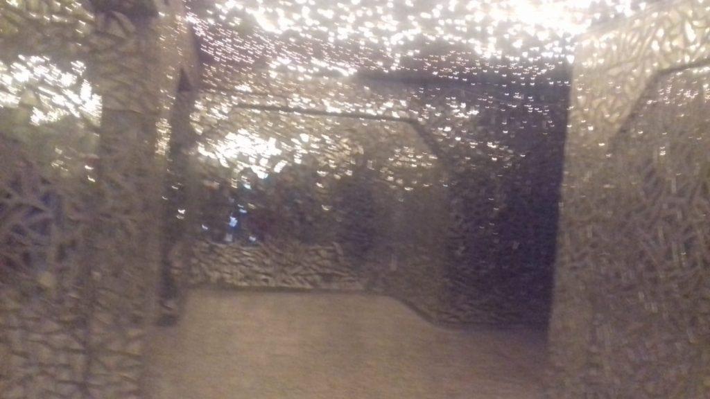 Suleymanhia, Ex carcere duro col regime di Saddam. Qui migliaia di torturati e uccisi : ogni pezzo di specchietto porta un nome, 4.10.2018