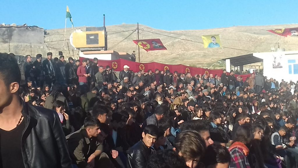 Grande manifestazione del popolo di Mahmura per la celebrazione del newroz, 18.3.19