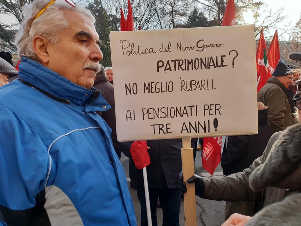 pensioni presidio prefettura, 27.12.18