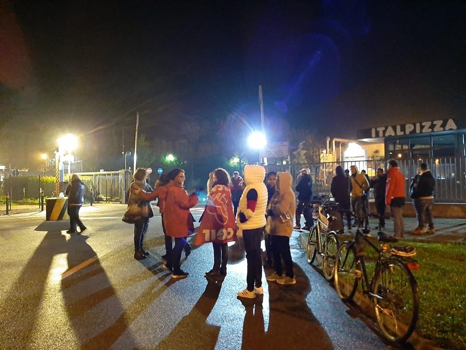 Sciopero e presidio lavoratori Italpizza - 4/11/2019