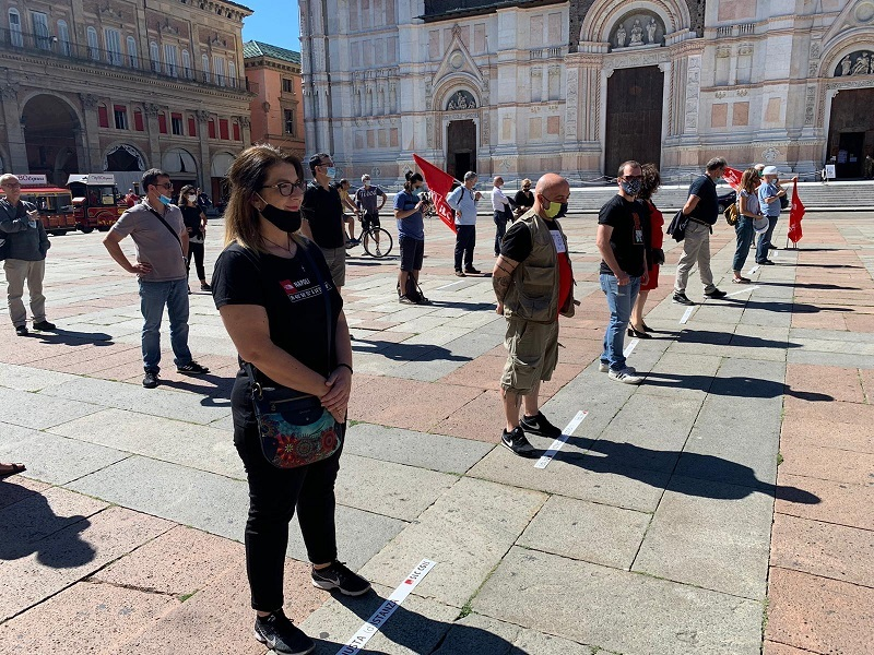 delegazione modenese 19.6.20 piazza maggiore bologna
