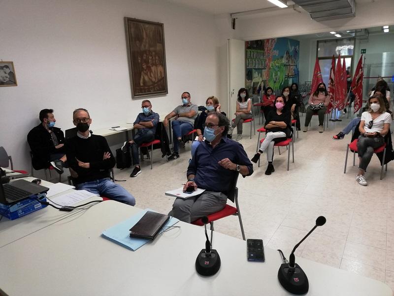 video call Manifattura Riese sindacati lavortaori Regione liquidatore, 19.5.21