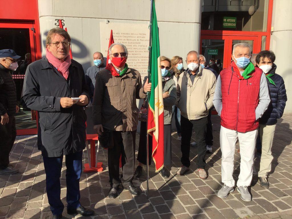 sindaco Muzzarelli con delegazione Anpi (3)